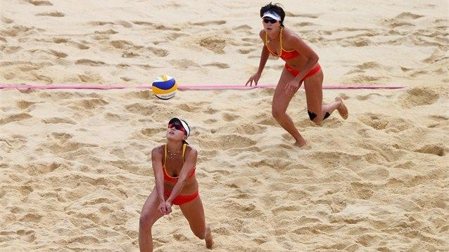 China-defeats-Greece-in-beach-volleyball-day-5